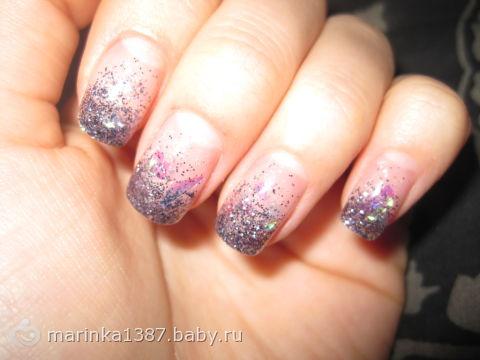 Ногти покрытые гелем с рисунком 33