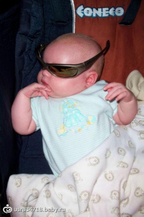 Финал «малыш в солнечных очках» дети до года