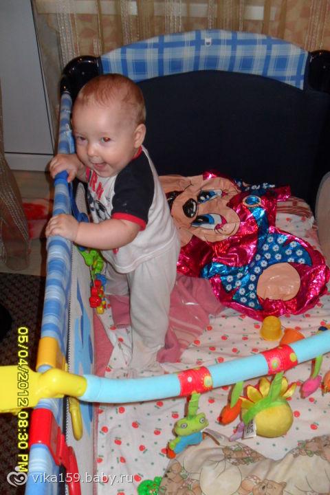 Мы сегодня сами встали первый раз в кроватке)))04.04.12 (6 месяцев и 12)а восколько ваши детки встали в кроватке?