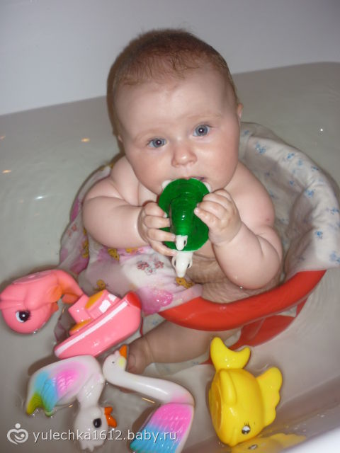 7 месяцев моей куклёне))))))))фото)))